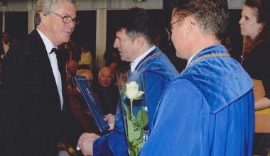Dr.Kelemen Pál István 2016-ban átvette az Arany Diplomát.